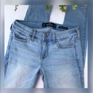 EUC Hollister High Waisted Super Skinny Jeans /0R